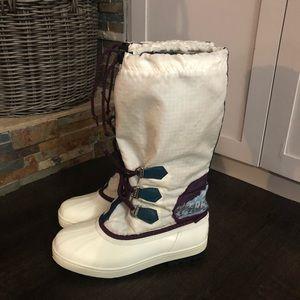 "Sorel Shoes - Sorel ""Freestyle"" vintage white duck snow boots"